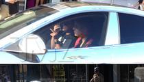 Justin Bieber -- Paparazzi Crash After Chasing Him