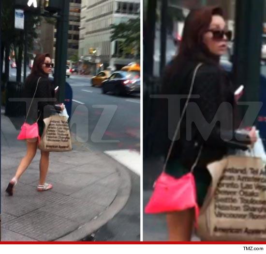 Amanda bynes flees to new york for Tmz tour new york city