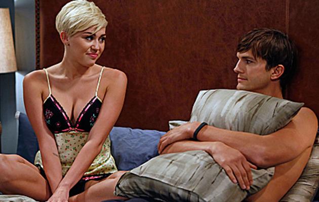 Miley Cyrus Cozies Up to Ashton Kutcher!