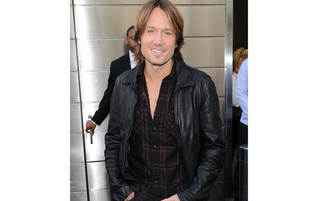 "Keith Urban Speaks Out On the Mariah / Nicki ""Idol"" Drama"
