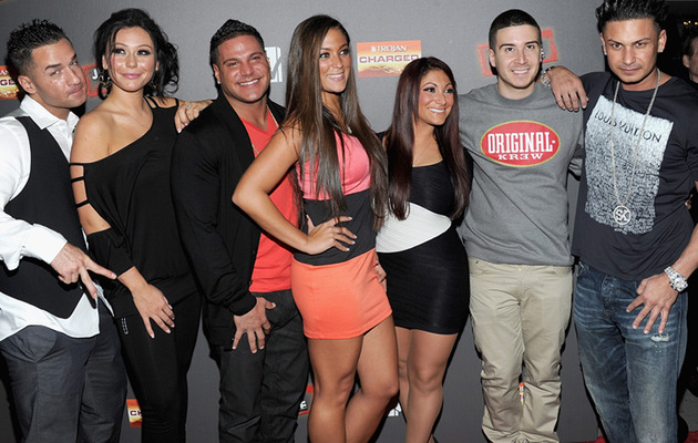 "Jwoww Flashes Engagement Ring at ""Jersey Shore"" Premiere Party"