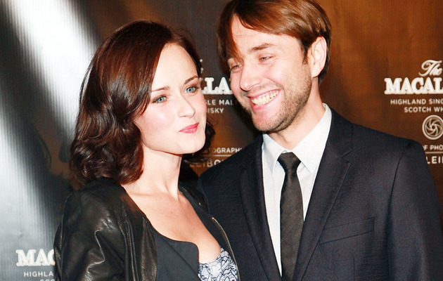 """Mad Men"" Couple Makes Red Carpet Debut!"