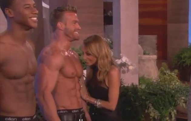 Video: Nicole Richie Sniffs Shirtless Men!