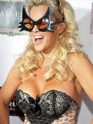 Jenny McCarthy Turns 40 with Super Sexy Halloween Bash!