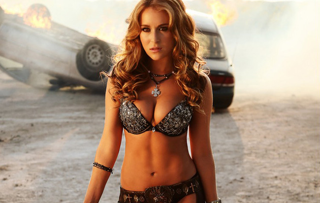 """Spy Kids"" Star Alexa Vega Shows Sexy Side in ""Machete Kills"""