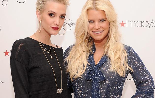 Jessica Simpson Flaunts Trim Waist Next to Sister Ashlee