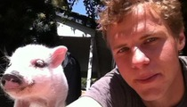 'Young and the Restless' Star Kevin Schmidt -- Meet My Cash Pig!