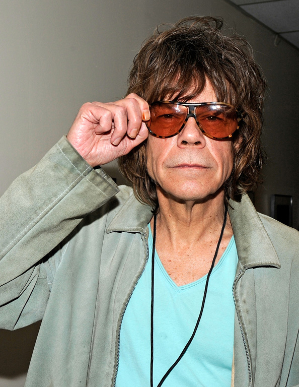 David Johansen still likes to perform on stage for his fans!