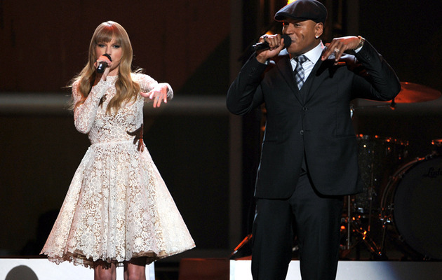 Video: Taylor Swift Beatboxes with LL Cool J