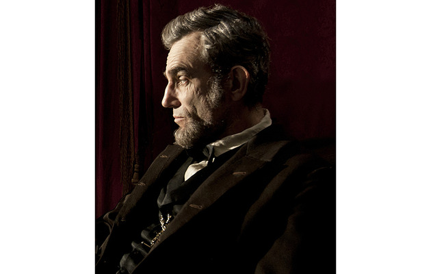 "Critics Choice Awards: ""Lincoln"" Earns Record-Breaking 13 Noms"