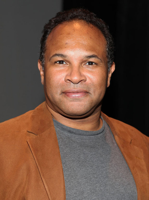 Geoffrey Owens was spotted out looking desirable.