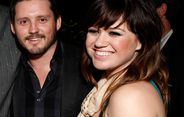 Kelly Clarkson Is Engaged -- See Her Massive Ring!