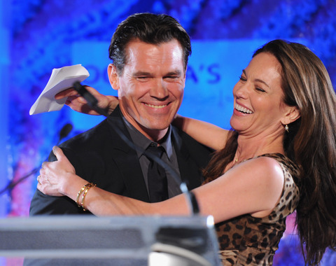 <span>Another celebrity power couple bites the dust ... </span><strong>Josh Brolin</strong><span> and </span><strong>Diane Lane</strong><span> are calling it quits on their 8-year marriage.</span>