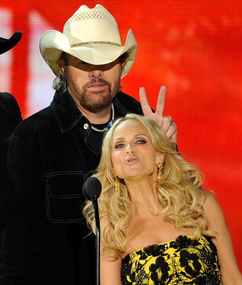 Toby Keith and Kristin Chenoweth