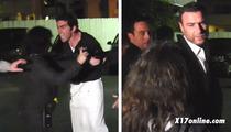 Liev Schreiber -- Breaks Up Pap Fight w/ Cannibal Waiter