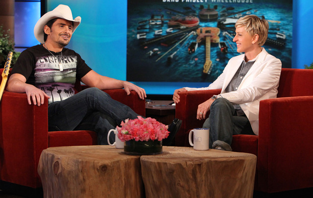 "Brad Paisley Speaks Out on ""Accidental Racist"" Backlash"