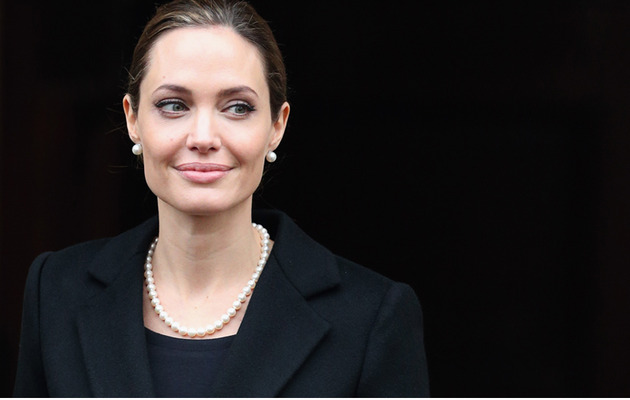 "Angelina Jolie: Double Mastectomy My ""Medical Choice"""