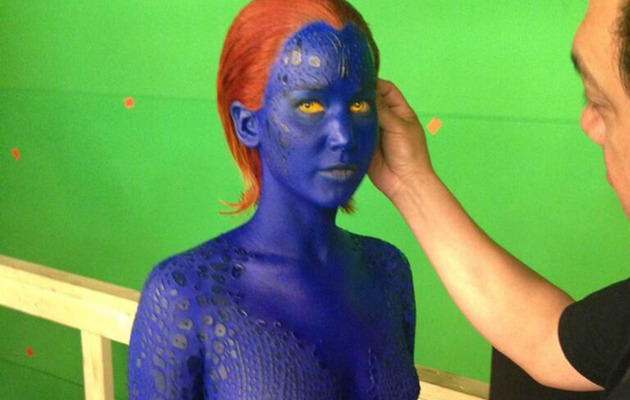 "Jennifer Lawrence Naked & Blue on Set of ""X-Men"" Sequel"