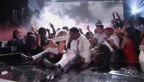 Miguel -- Accidentally LEG DROPS Fan at Billboard Awards