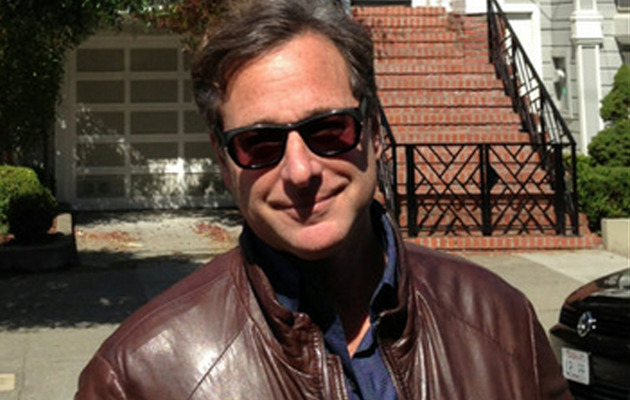 "Bob Saget Goes Back to His ""Full House"" Roots!"