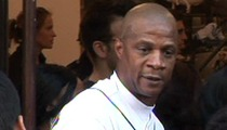 Darryl Strawberry -- Accused of Skipping Out On $3,000 Fruit & Veggie Bill