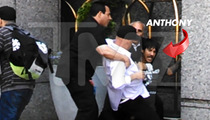 Red Hot Chili Peppers Singer Anthony Kiedis -- Brawl with Bodyguard Outside Four Seasons