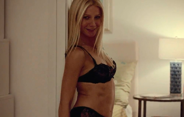 "Gwyneth Paltrow Strips, P!nk Shines in ""Thanks For Sharing"" Trailer!"