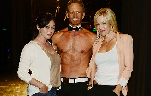 """Beverly Hills 90210"" Stars Reunite In Sin City!"