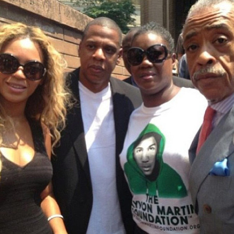 <strong>Jay Z</strong><span>and</span><strong>Beyonce</strong><span>have made it clear -- they believe justice was NOT served in the shooting death of</span><strong>Trayvon Martin</strong><span>... they spent Saturday protesting the laws which allowed his killer to walk.</span>