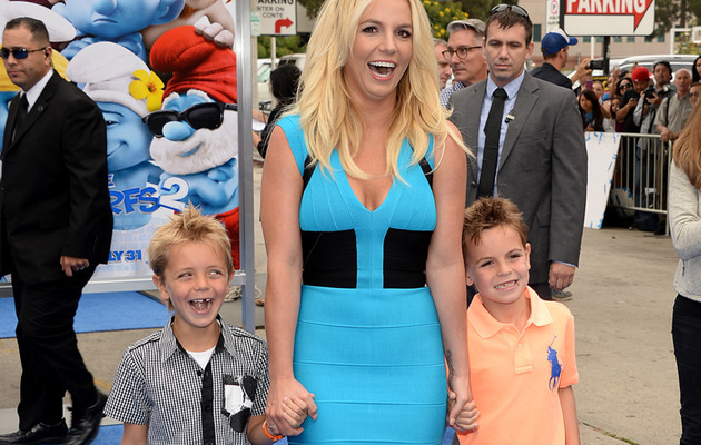 "Britney Spears Brings Her Boys to ""Smurfs 2"" Premiere!"