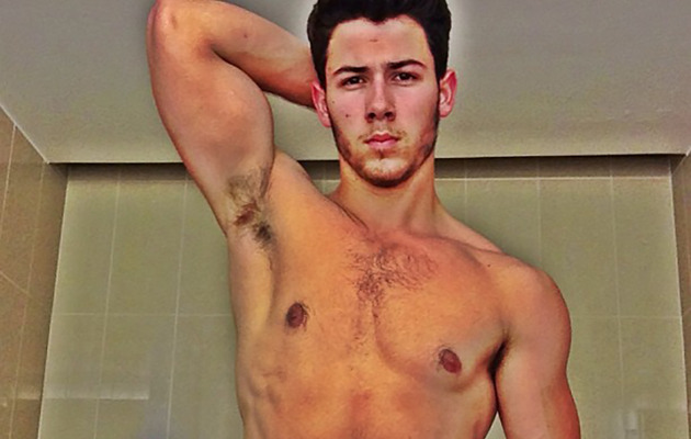 Nick Jonas Shows Off Buff Bod!