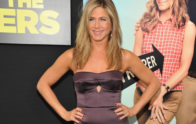 Jennifer Aniston Pregnant? Rep Says No, But You Be The Judge!