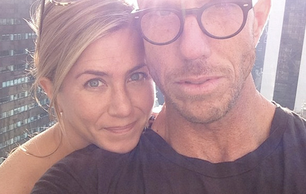 See Jennifer Aniston Without Makeup -- How's She Look?