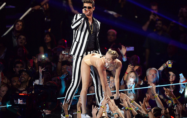 Miley Cyrus' Raunchy VMA Performance -- Celebs React!