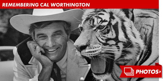 Cal Worthington Ford >> Cal Worthington Dead -- Famed Car Dealer Dies at 92 | TMZ.com