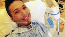 'Voice' Finalist Jamar Rogers -- THUMBS UP From Hospital Bed