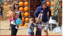 Charlie Sheen -- Pumpkin Patch Outing With Ex-Wife