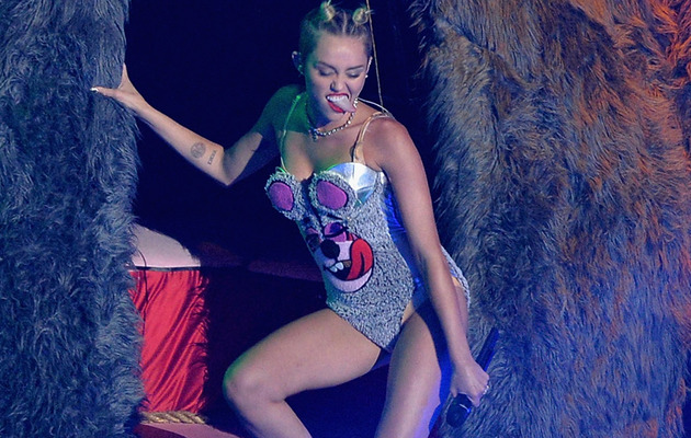 Miley Cyrus: Whose Twerking Teddy Bear Costume Did She Like Best?