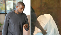 Kanye West -- Aw, What A Dad ... Flies Home To Take Care of Baby