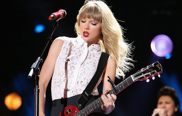 Taylor Swift to Perform at the 2013 Victoria's Secret Fashion Show!