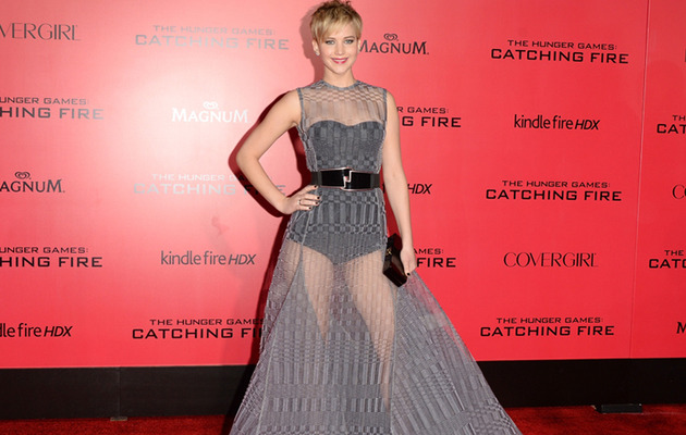 "Wow! Jennifer Lawrence Kills It In See-Thru Dress at ""Hunger Games"" Premiere"