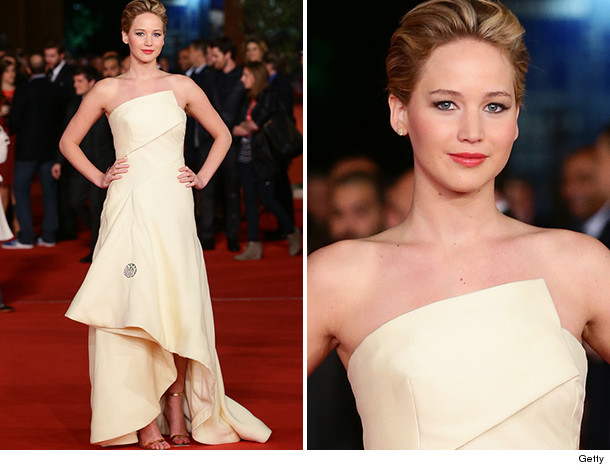 1121_jlaw_inset-6