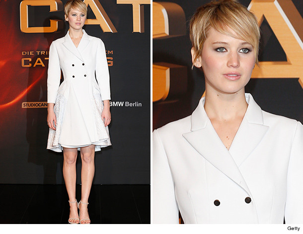 1121_jlaw_inset-2