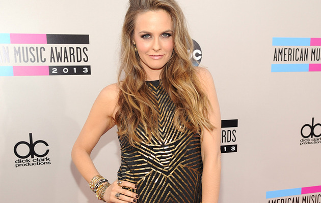 Alicia Silverstone Looks HOT at the American Music Awards -- See Pics!