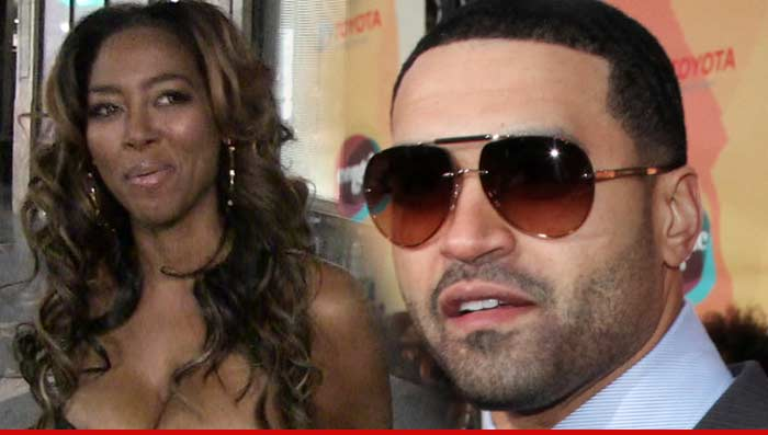 did apollo hook up with kenya I guess before apollo nida is hauled off to jail for 8 years he is going to wreck as much havoc as possible on the upcoming season of the real housewives of atlanta up until now both apollo and kenya moore have insisted that nothing ever happened between them they were caught exchanging text.