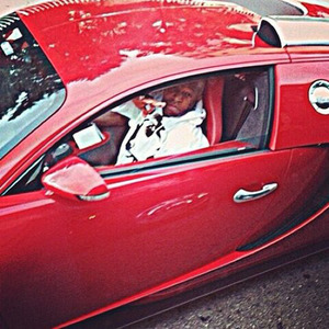 Birdman Pulled Up in His Bugatti ... To Pass Out Turkeys