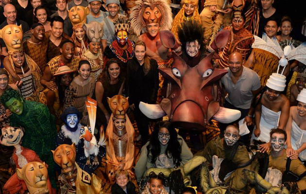 Angelina Jolie Brings Brood To The Lion King in Sydney!