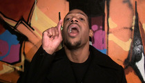 Marlon Wayans -- Bruce Jenner Should Just 'Get the Breasts Already'