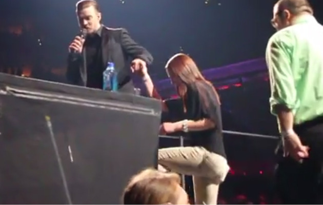 Video: Fan Proposes Onstage at Louisville Justin Timberlake Concert!