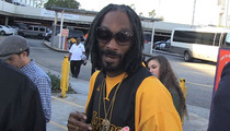 Snoop Dogg -- Ice Cube Ain't Got NOTHIN' on Me ... As an Actor!!!